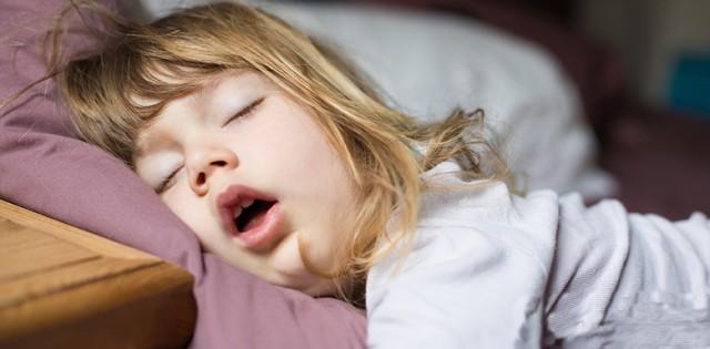 为什么睡眠不好会影响皮肤?