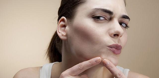 祛痘膏怎么用,祛痘膏在护肤哪个步骤用