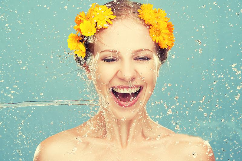 夏季护肤,夏季护肤小常识,夏季护肤步骤-李氏明心